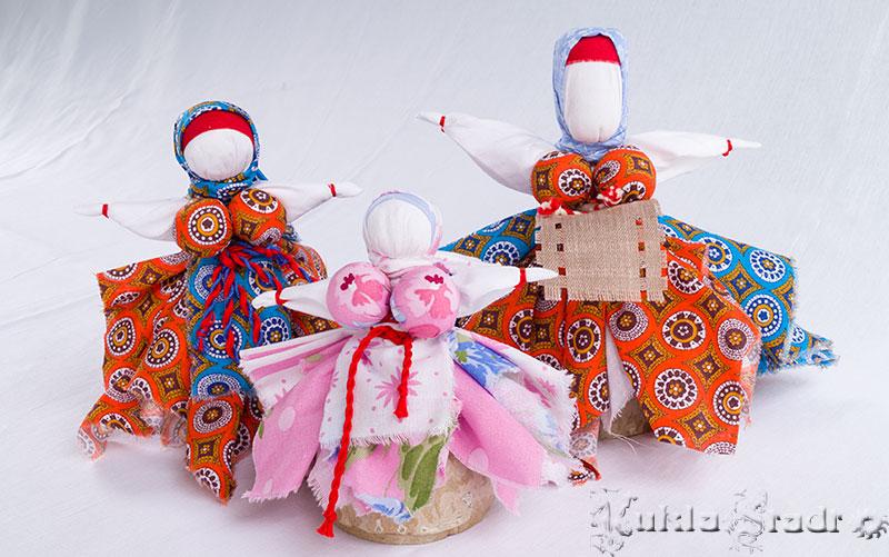 Платочные куклы - Кормилка, Капустка и Платочница